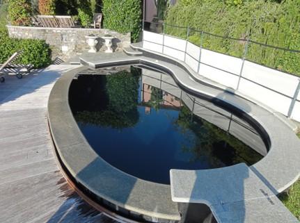 Pittura per piscina al clorocaucciu rapid jumbo paint for Piscina fondo nero